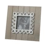 Cadru foto din lemn si dantela mic(17,5 cm) 1